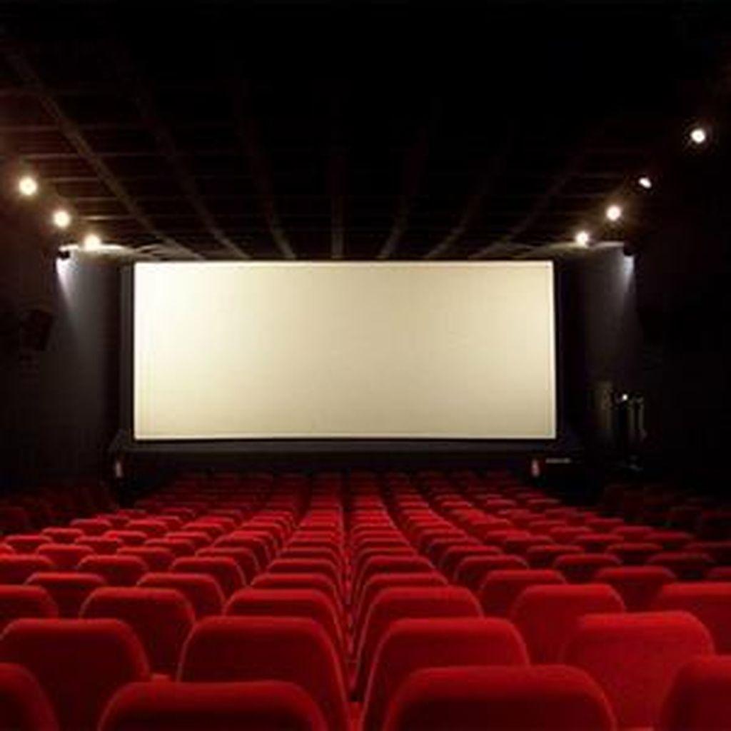 Kembali Diserang Corona, China Tutup Seluruh Bioskop Lagi