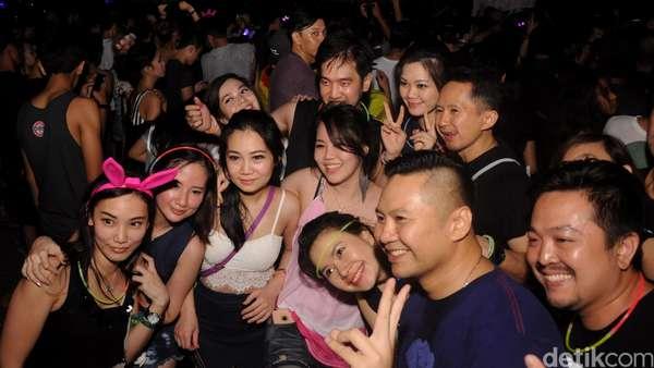 Party Till Drop! Partygoers Gila-gilaan di DWP 2015 Hari Kedua