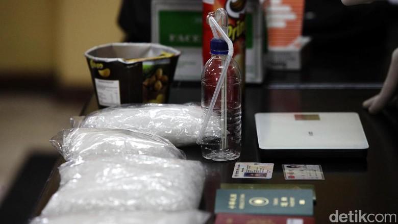 Polisi Sita Narkoba dari Oknum Pegawai Lapas Nusakambangan