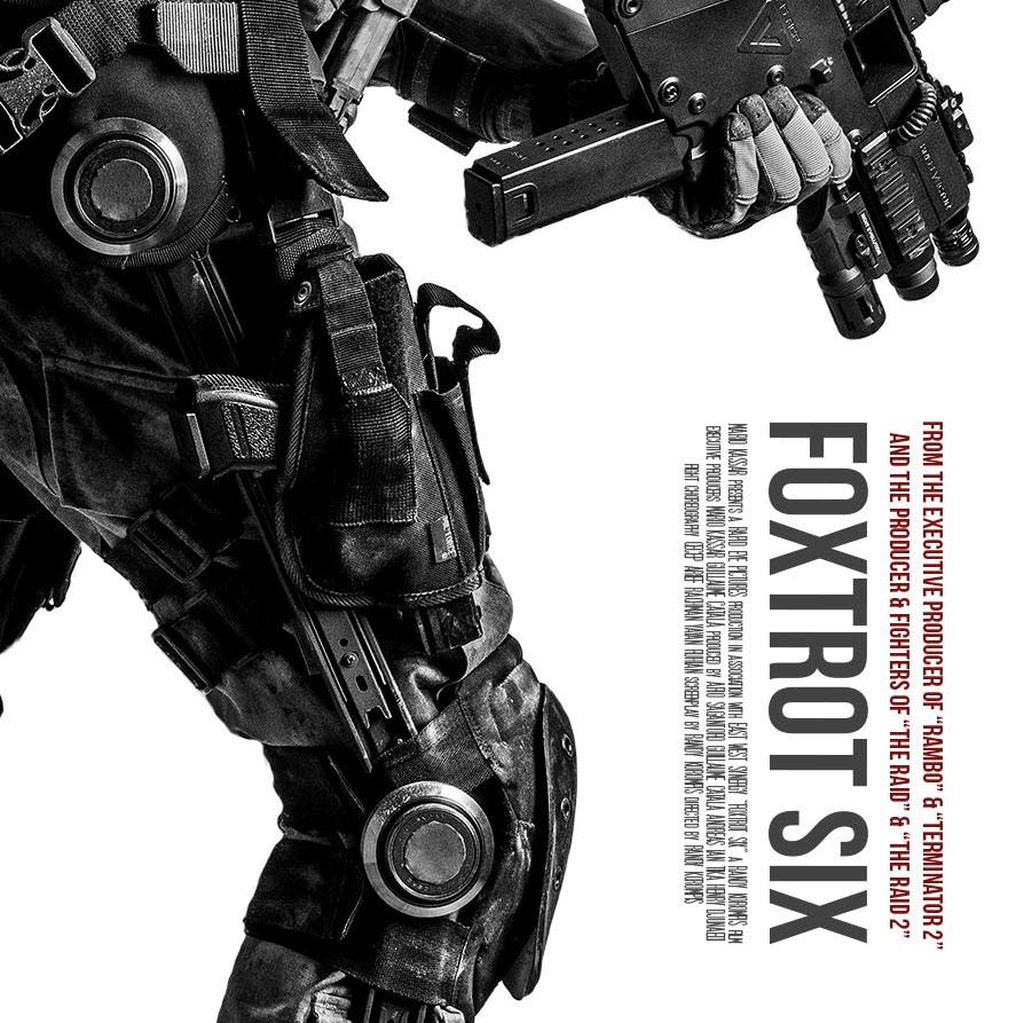 Totalitas Hollywood di Foxtrot Six