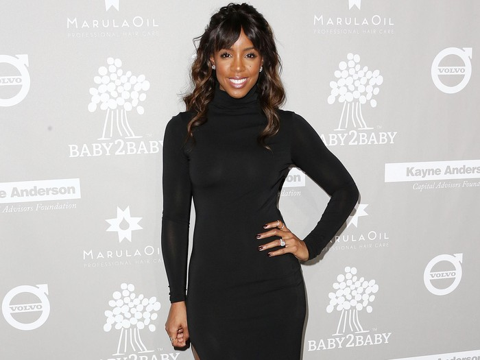 Singer Kelly Rowland attends the 2015 Baby2Baby Gala at 3LABS on November 14, 2015 in Culver City, California.  (Photo by Frederick M. Brown/Getty Images)