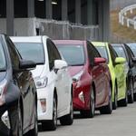 Takut Kusam dan Cepat Rusak, Jangan Pilih Dua Warna Ini Saat Beli Mobil