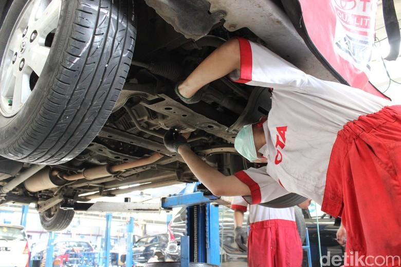 Bengkel Toyota Foto: Dadan Kuswaraharja