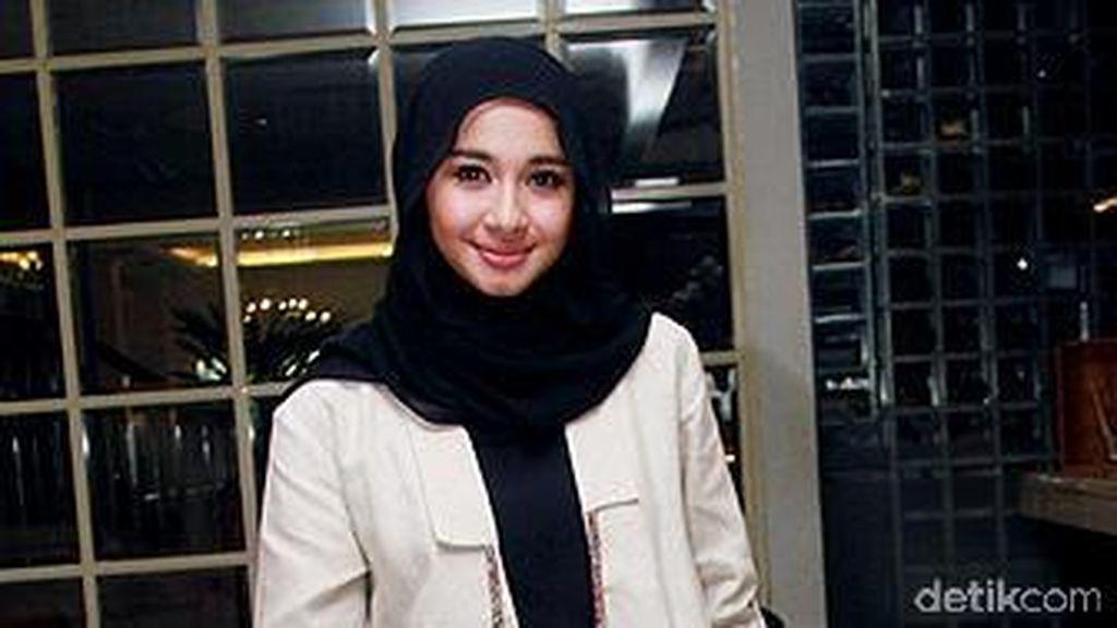 Foto: Cantiknya 5 Selebriti Indonesia yang Putuskan Berhijab di 2015