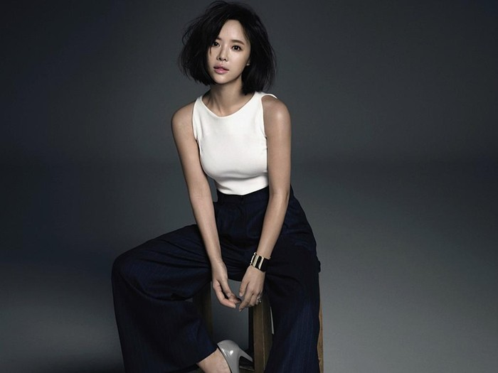 Hwang Jung Eum for Marie Claire.