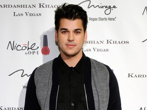 Rob Kardashian dan Tunangan Masih Rahasiakan Jenis Kelamin Anak