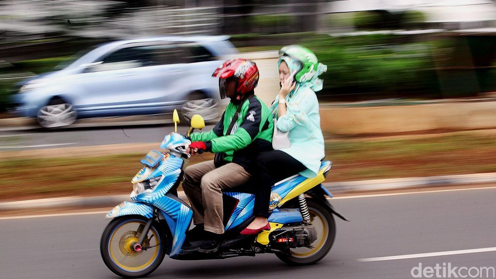 Curhat Driver Ojek Online Soal Rencana Kenaikan Tarif