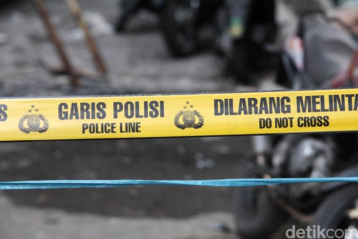 Ilustrasi garis polisi dilarang melintas