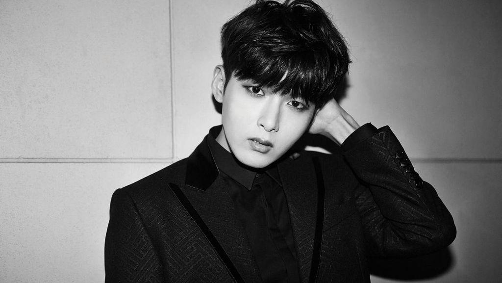 Tunda Rilis Album Solo, Ryeowook Suju Kena Influenza A