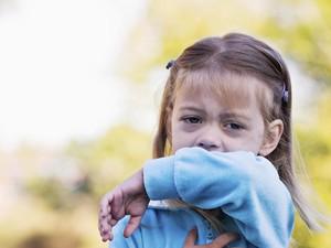 Mulut Anak Penuh Sariawan? Waspadai Flu Singapura, Bun