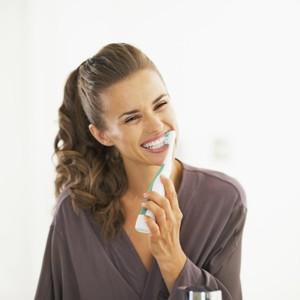 Dokter Ungkap Gosok Gigi Terlalu Kencang Bisa Bikin Gigi Lebih Cepat Kuning