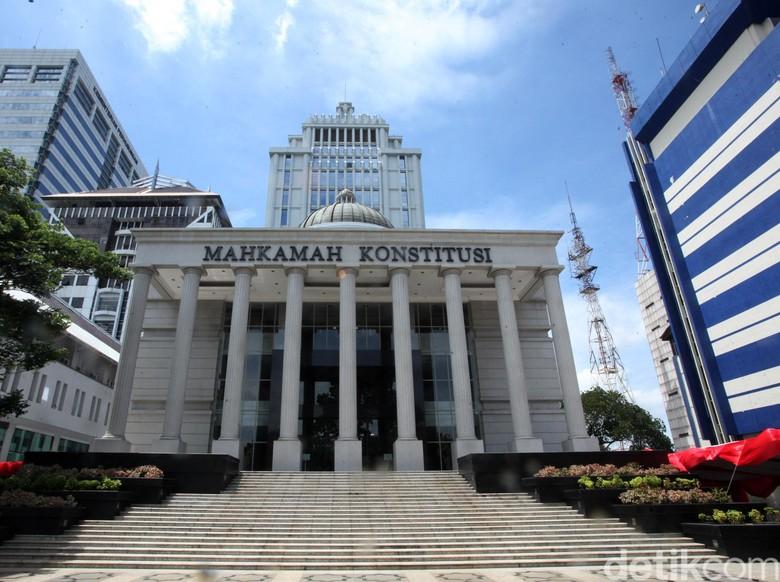Mahasiswa Salahkan Jadwal, MK: Argumentasi Gugatan UU KPK Tak Yakinkan Hakim