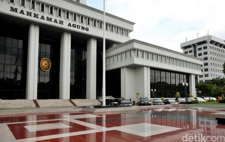 Ott Kpk Hari Ini Di Surabaya Detail: Ada OTT KPK, Ketua PN Jaksel Menghadap MA