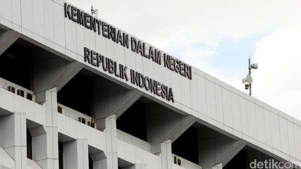Kemendagri soal Ribut Walkot Tangerang-Menkum HAM: Komunikasikan