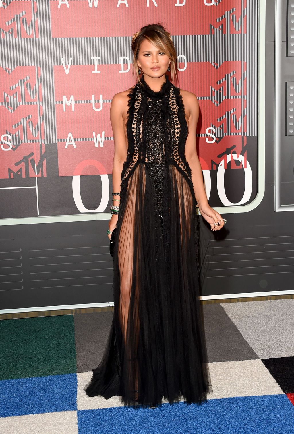 LOS ANGELES, CA - AUGUST 30:  Model Chrissy Teigen attends the 2015 MTV Video Music Awards at Microsoft Theater on August 30, 2015 in Los Angeles, California.  (Photo by Jason Merritt/Getty Images)