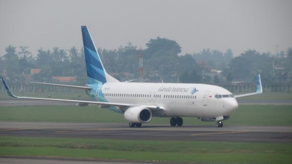 Garuda Sudah Kandangkan Pesawat Boeing 737NG yang Retak