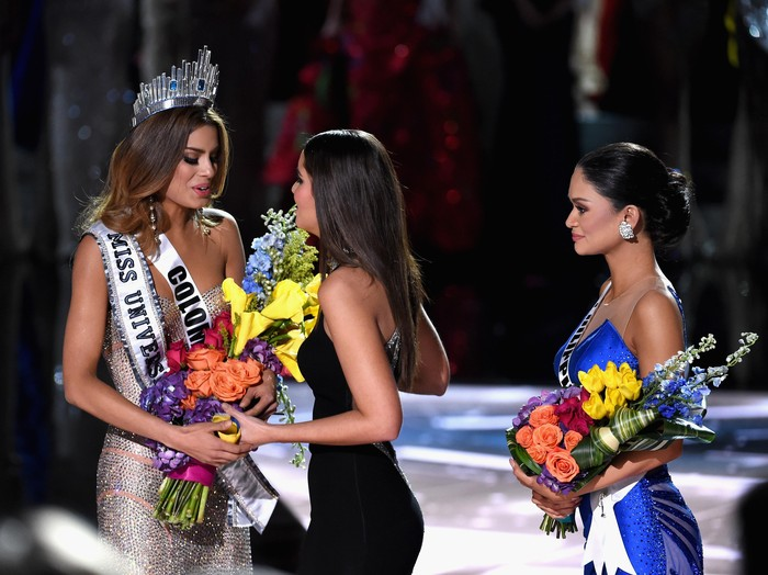 LAS VEGAS, NV - DECEMBER 20:  Miss Colombia 2015, Ariadna Gutierrez, is incorrectly named Miss Universe 2015 instead of First Runner-up during the 2015 Miss Universe Pageant at The Axis at Planet Hollywood Resort & Casino on December 20, 2015 in Las Vegas, Nevada. The winner of Miss Universe is Miss Philippines 2015, Pia Alonzo Wurtzbach (not pictured). (Photo by Ethan Miller/Getty Images)
