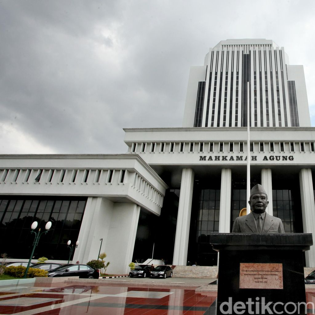 Hakim di Lampung Digerebek Lagi Indehoi Bareng 2 Wanita