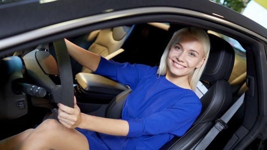 Ladies, Kamu Suka Bawa Mobil SUV? Perhatikan Ini Ya