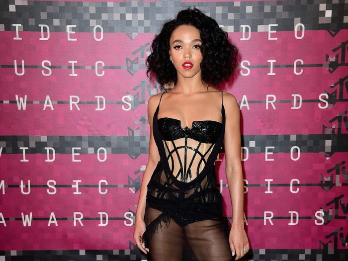 LOS ANGELES, CA - AUGUST 30:  Singer FKA twigs attends the 2015 MTV Video Music Awards at Microsoft Theater on August 30, 2015 in Los Angeles, California.  (Photo by Frazer Harrison/Getty Images)