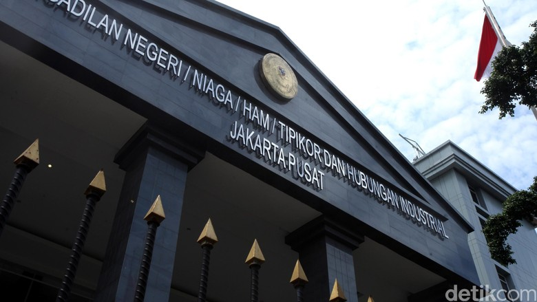 Hakim Kabulkan JC Sekjen KONI Terkait Kasus Suap Dana Hibah