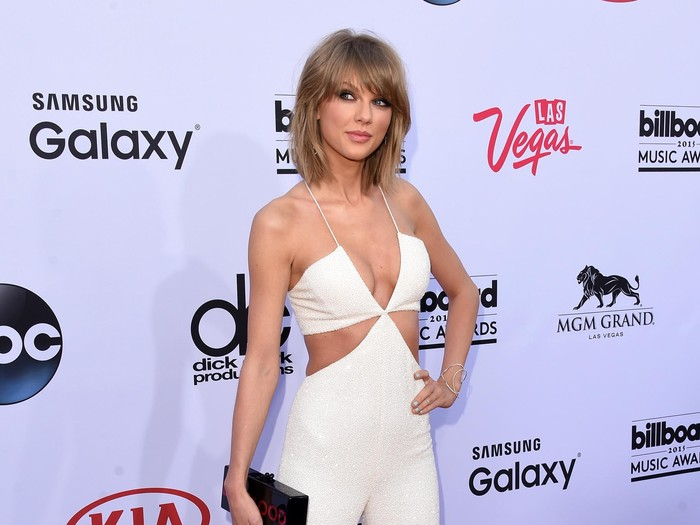 LAS VEGAS, NV - MAY 17:  Musician Taylor Swift attends the 2015 Billboard Music Awards at MGM Grand Garden Arena on May 17, 2015 in Las Vegas, Nevada.  (Photo by Jason Merritt/Getty Images)
