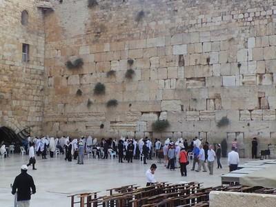 Mengenal Tembok Ratapan, Tempat Suci Bagi Orang Yahudi