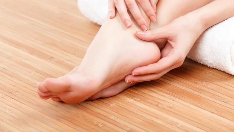 Ilustrasi kaki bengkak saat hamil/ Foto: Thinkstock