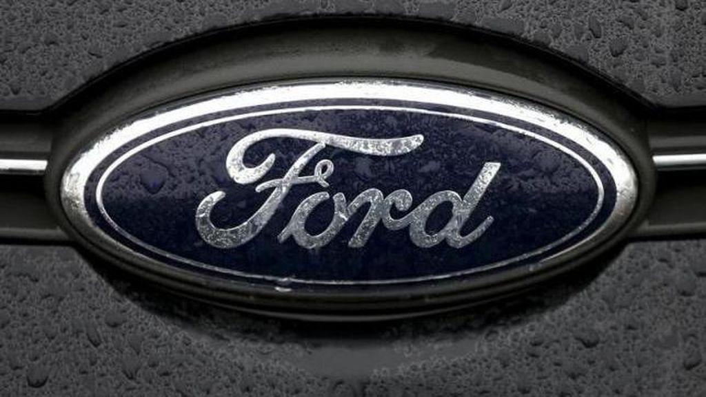 Ford Sulap Limbah Plastik Jadi Karpet Mobil Ecosport