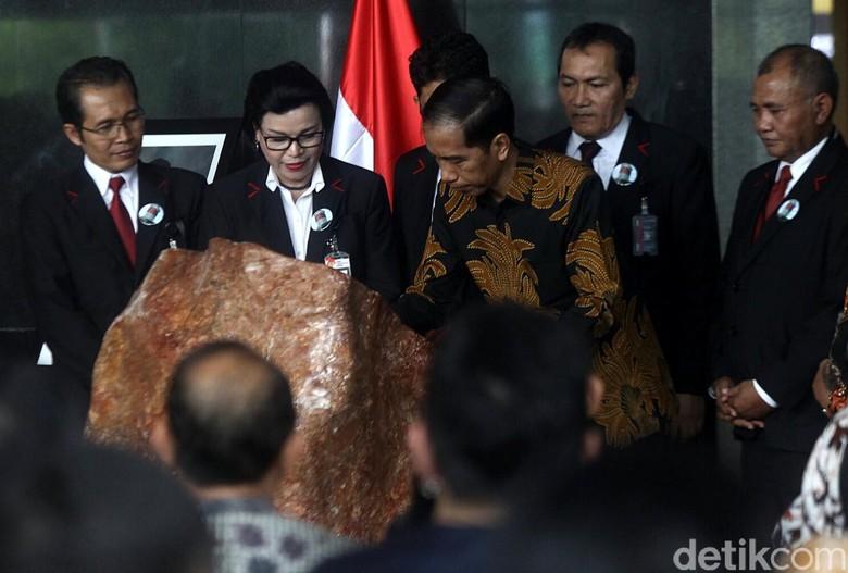 Survei Kepercayaan Publik: KPK-Presiden Tertinggi, DPR Terendah