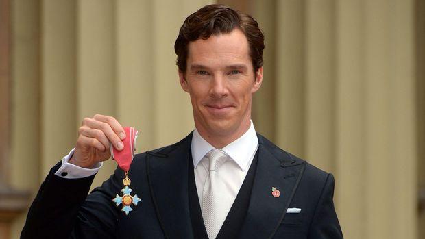 Ucapan Duka Cita Eddie Redmayne dan Benedict Cumberbatch pada Stephen Hawking