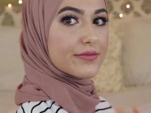 Bergaya Ala Blogger Texas dengan Tutorial Hijab Ini