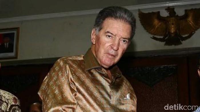Bos besar freeport Jim Bob Moffett
