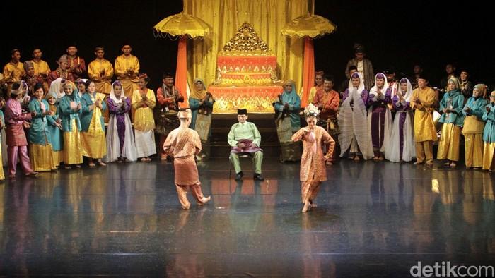 Pertunjukan seni Marwah Bumi Melayu digelar di Gedung Kesenian Jakarta. Pertunjukan ini bertujuan untuk menghidupkan kembali kebudayaan Indonesia, khususnya budaya Seni Melayu.