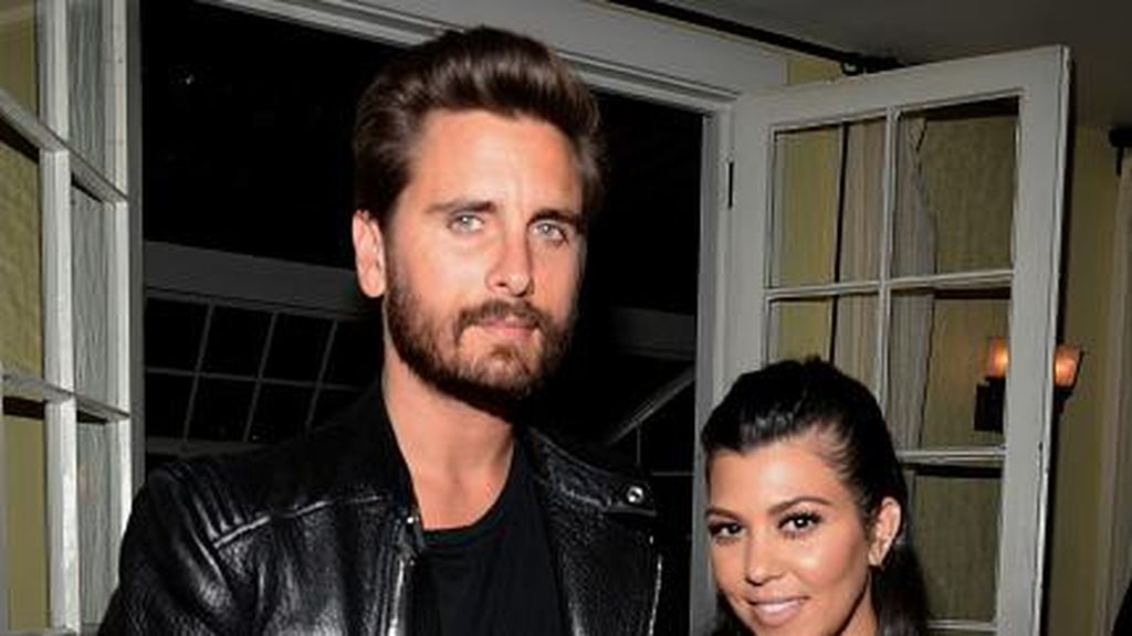Scott Disick Hobi Selingkuh, Kourtney Kardashian Move On dengan Berondong