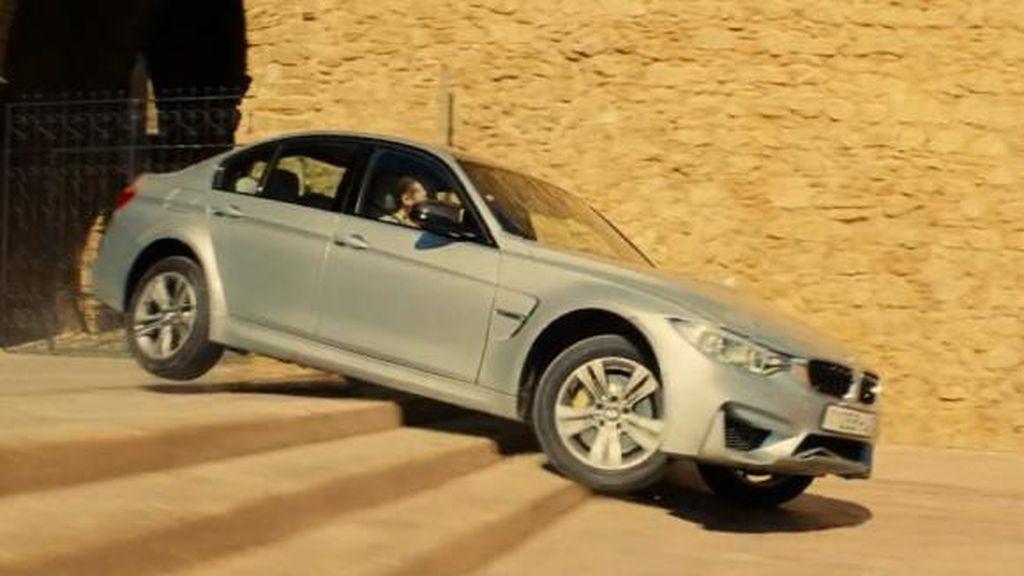 Tom Cruise Tak Bisa Hancurkan BMW M3