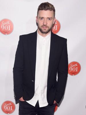 Jeda Tur, Justin Timberlake Jenguk Korban Penembakan Maut