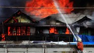 Kebakaran Rumah Kontrakan di Kramat Jati Jaktim, 9 Mobil Damkar Dikerahkan