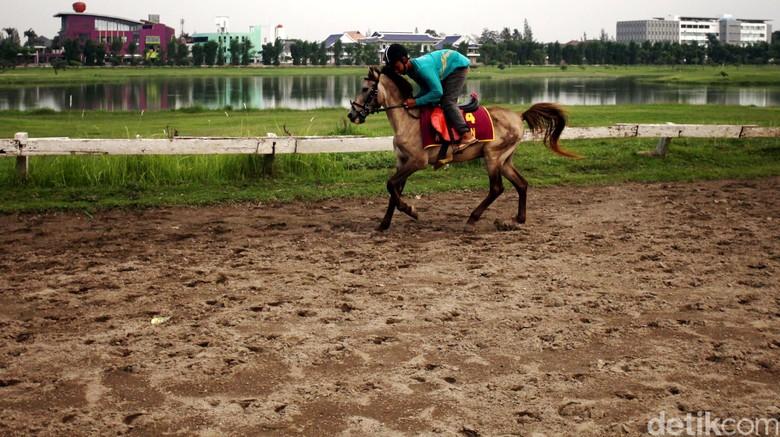 Ini Konsekuensi Bila Potong Kurban di Dekat Pacuan Kuda Pulomas