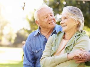 Cinta Sehidup Semati, Pasangan Menikah 70 Tahun Meninggal di Hari yang Sama