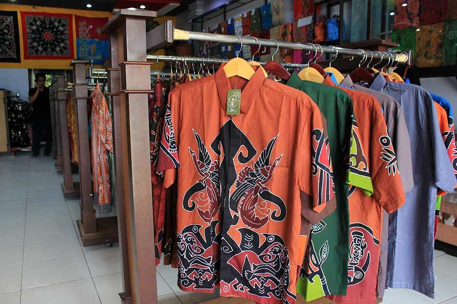 Batik Papua di Toko Aneka Batik Papua