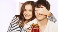 5 Hadiah yang Bisa Bunda Beri ke Suami di Hari Ayah