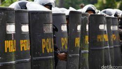 Polda Metro: 1 Anggota Polsek Tambun Meninggal karena Corona Berstatus OTG