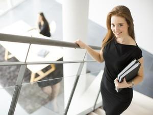 7 Trik Bangkitkan Semangat Kerja di Hari Senin