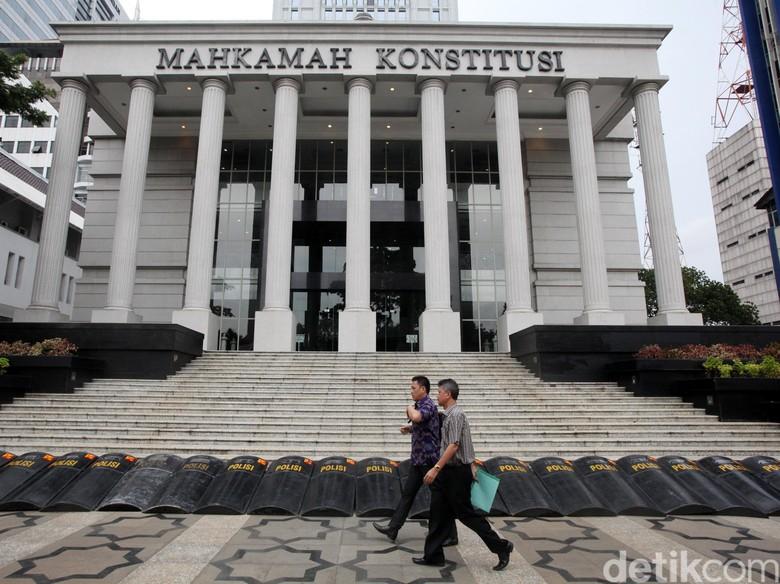 Pakar Hukum: KPK Bisa Diangket DPR, Marwah MK Menurun