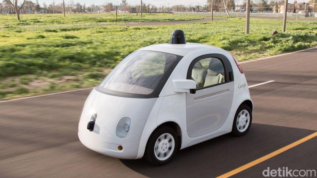 Mobil Tanpa Sopir Google Tabrak Bus di California, Tidak Ada Korban Luka