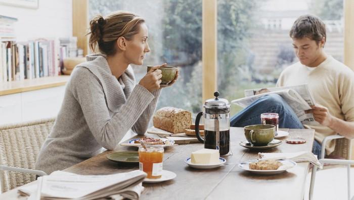 Telat sarapan 90 menit dipercaya efektif menurunkan berat badan. Foto: thinkstock