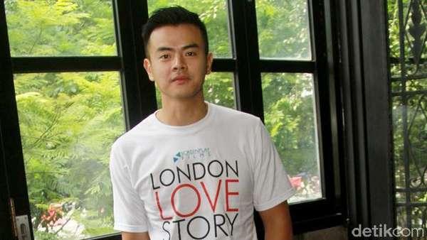 Hot Actors! Pilih Dion Wiyoko atau Dimas Anggara?