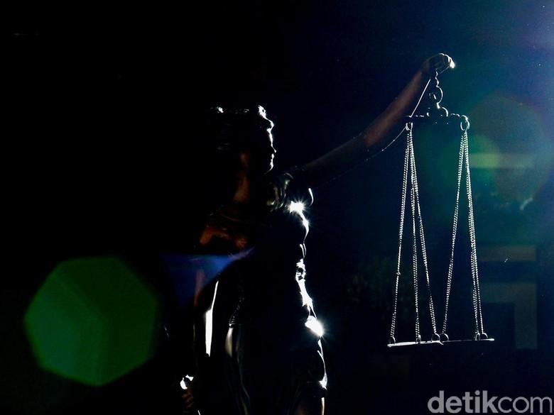 Drama Bertetangga di Indonesia dan Kisah Belanda Satu Abad Silam