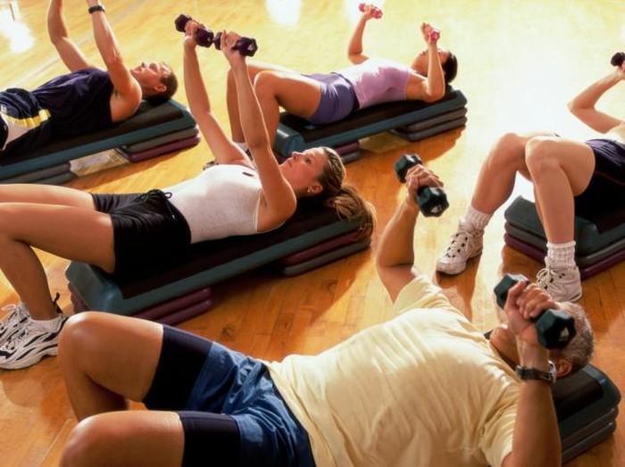 Ilustrasi peregangan sebelum fitness/Foto: Thinkstock